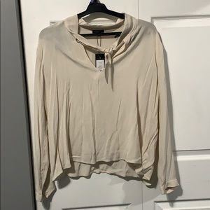 ❤️ 2 for 30$ //NWT Dynamite Long Sleeve Blouse